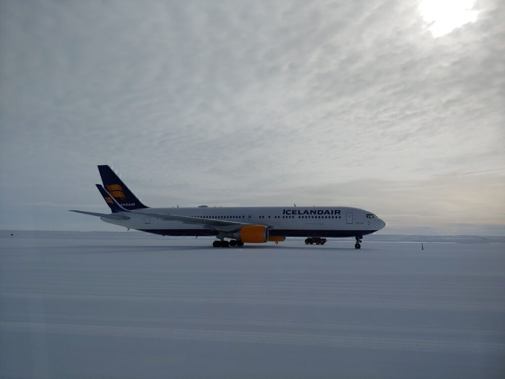 Icelandair Antarctica 767