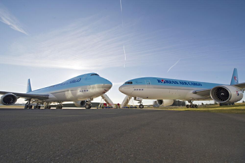 Korean Airlines KAL Dual Delivery 747-8I & 777-300ERK65568-01