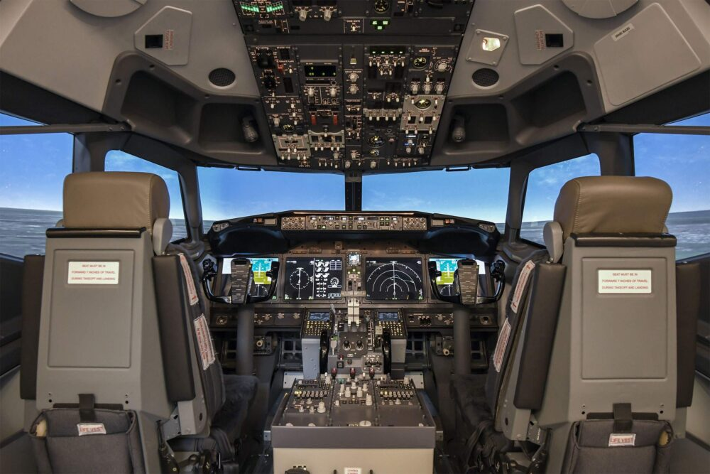 MPS Boeing 737 MAX Simulator