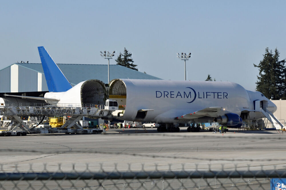 Dreamlifter tail
