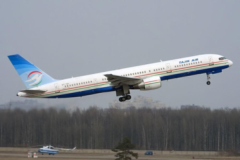 Tajik Air 757