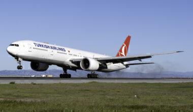 Turkish Airlines Boeing 777-3F2(ER) TC-LJI