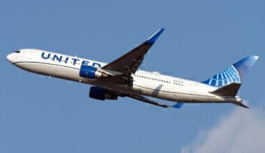 United Airlines Boeing 767-322(ER) N656UA (2)