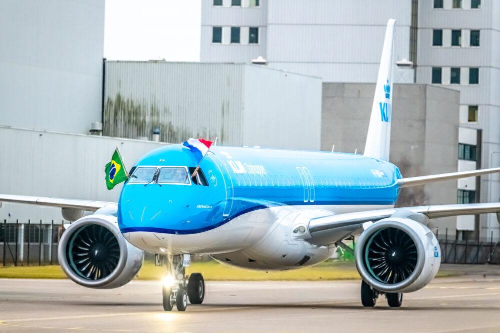 KLM new Embraer E2