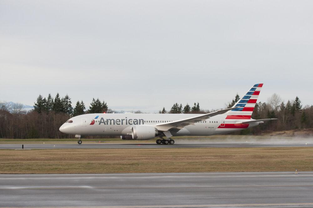 American Boeing 787-8