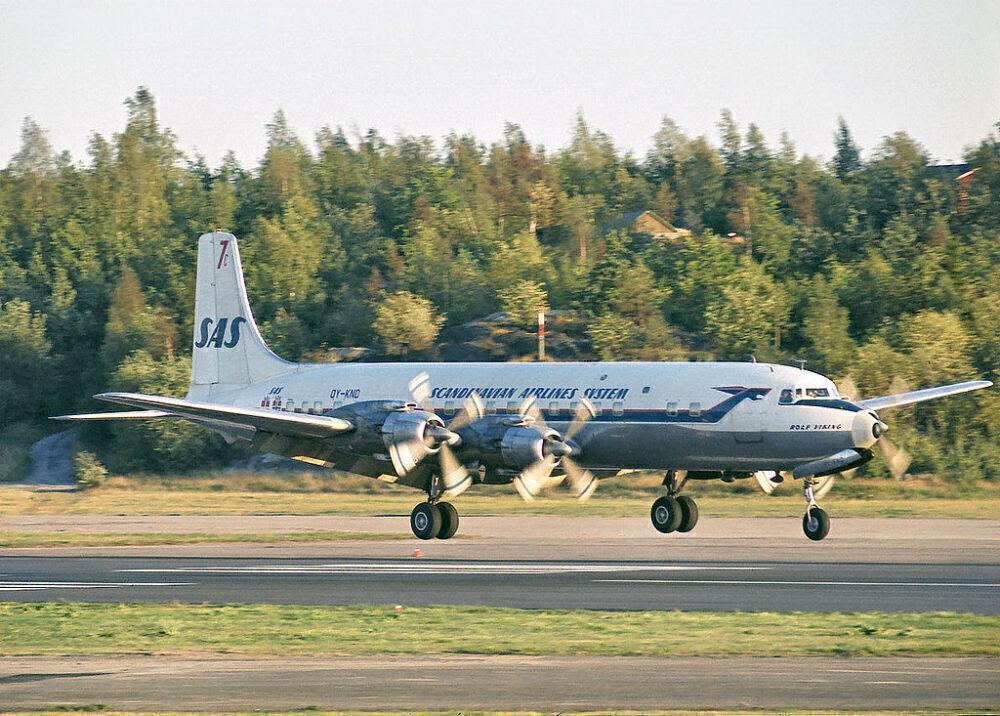 SAS_DC-7C_OY-KND