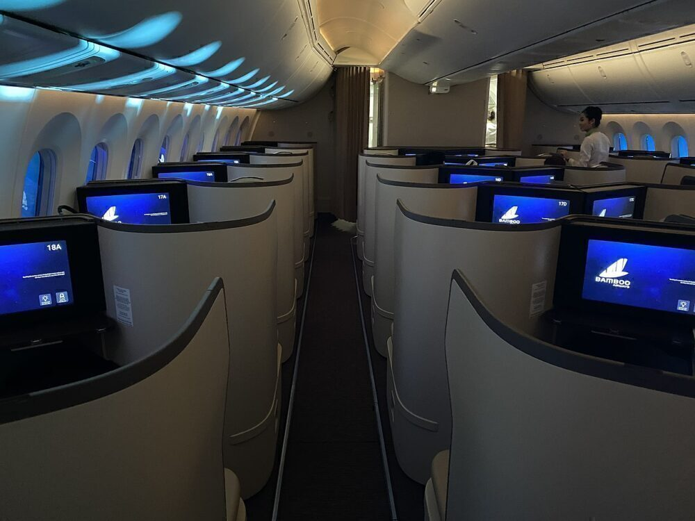 Bamboo Airways Boeing 787 Business Class
