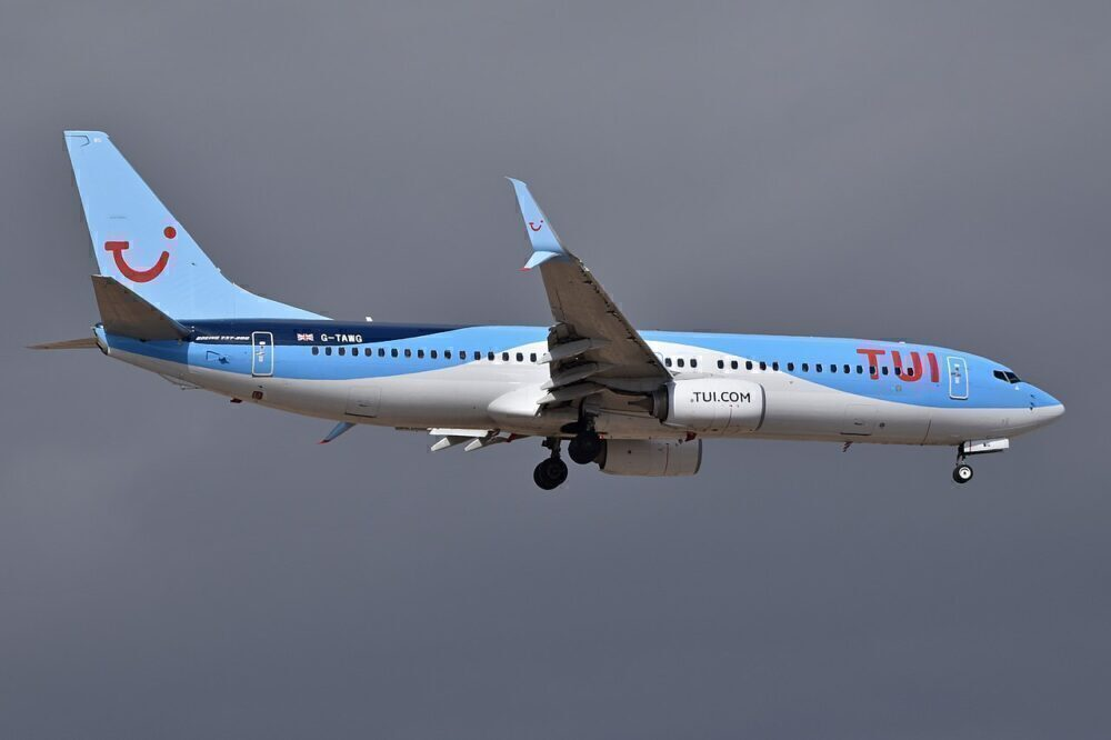 TUI Computers Label Adults As Children Leading To Underpower 737 Take Off