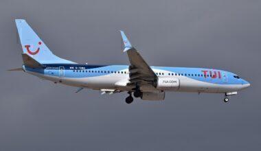 1280px-Boeing_737-8K5_'G-TAWG'_TUI_Airways_(46858257152)