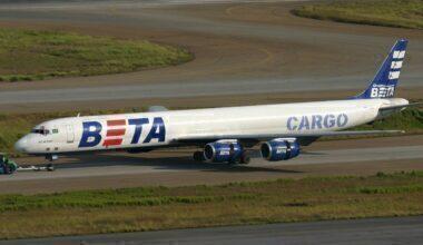 1280px-PP-BEX_Douglas_DC-8F_Grupo_BETA_Cargo_(7375830094)
