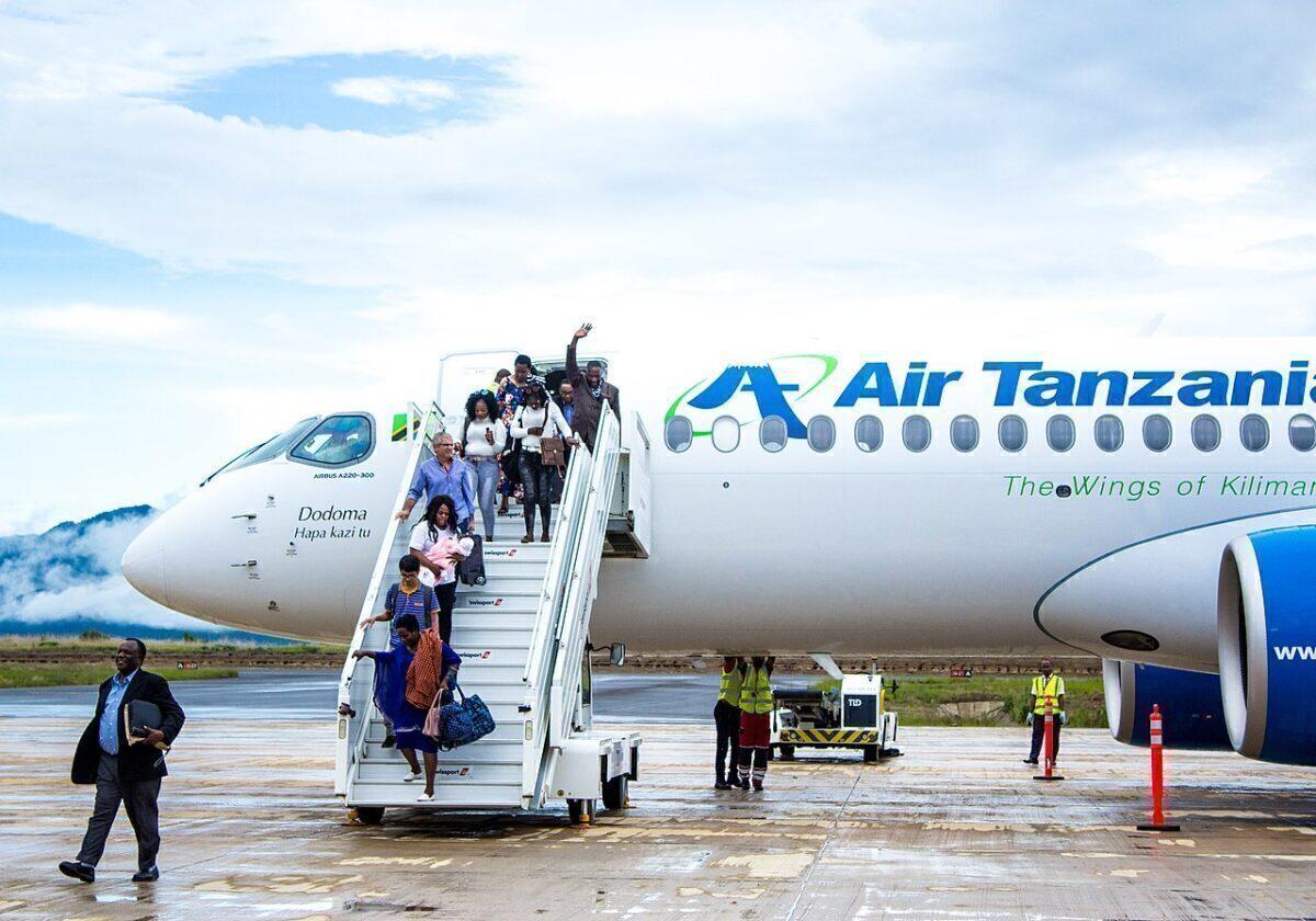 Air Tanzania Airbus A220