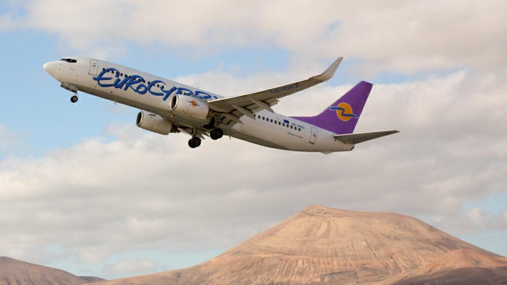 Eurocypria Airlines Boeing 737