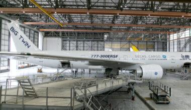 Boeing 777-300ERSF Big Twin