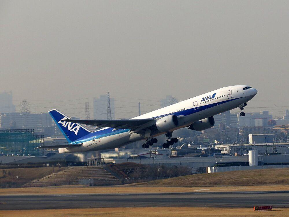 ANA Boeing 777-200