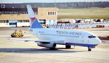 Croatia Airlines Boeing 737-230