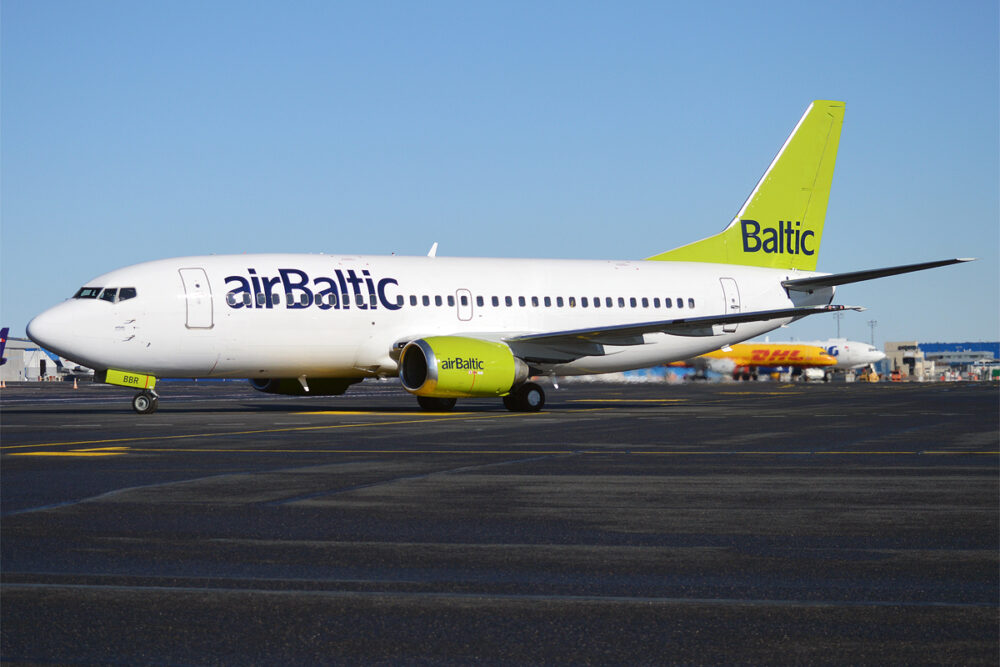 airBaltic YL-BBR