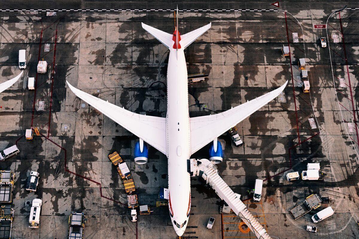 Boeing 787, British Airways, iPhone Fire