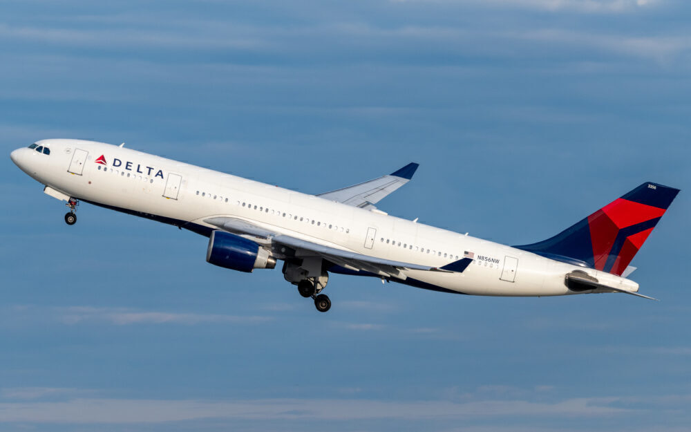 Delta Airbus A330-200
