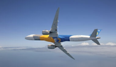 E195-E2-Binder-Flying-Corporate-Livery-10