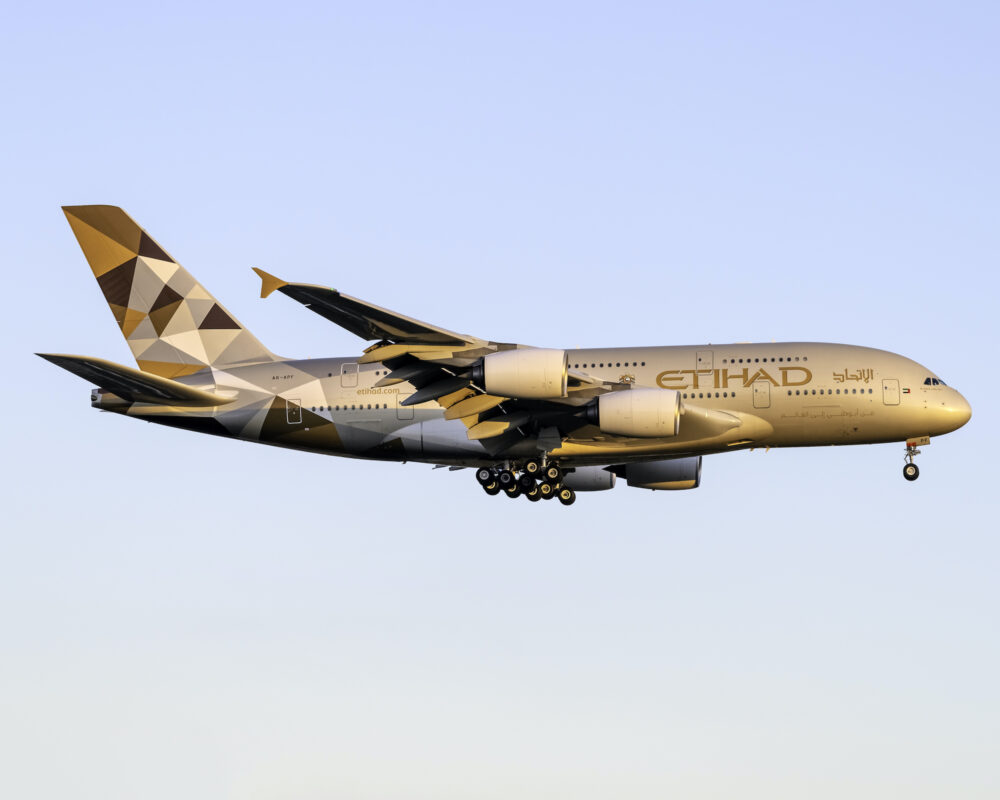 Where Did Etihad And Qatar Airways Fly The Airbus A380?