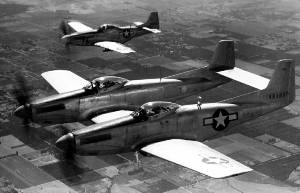 F-82_and_P-51_in_formation