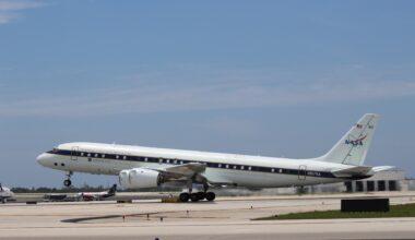 NASA DC-8 Plane