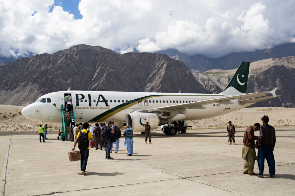 Pakistan International Airlines Airbus A32