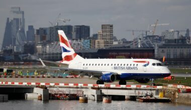 BA CityFlyer ERJ 170 at LCY