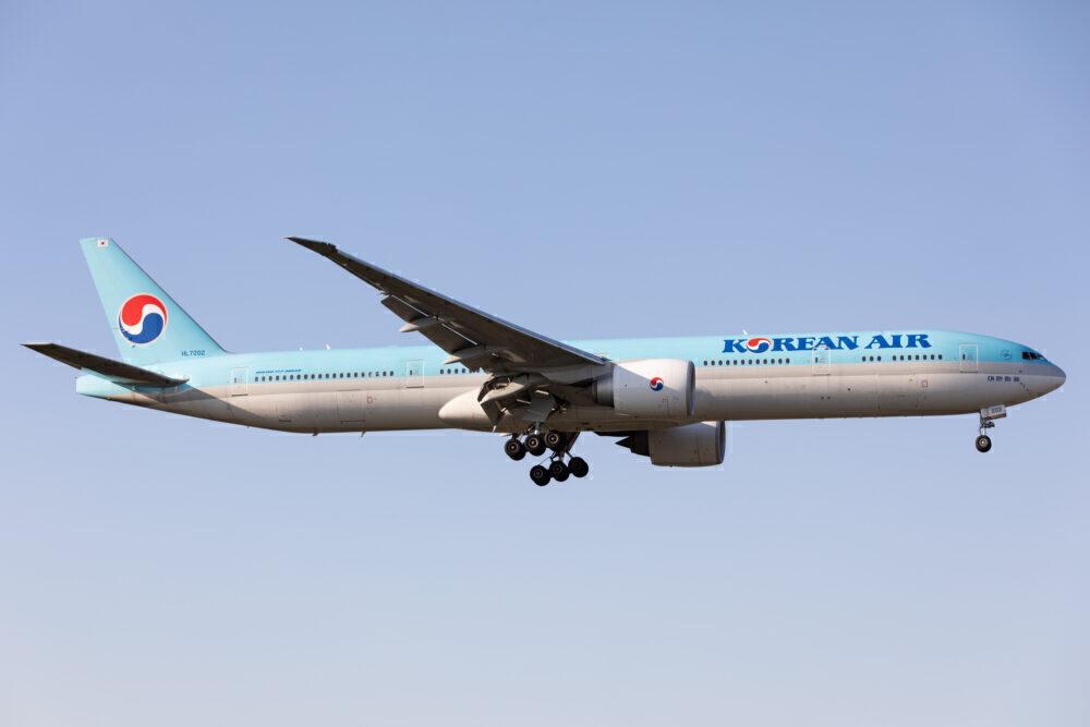 Korean Air 777