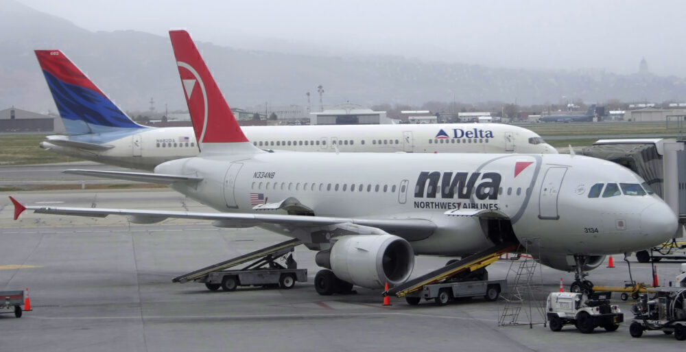 Delta and Northwest planes