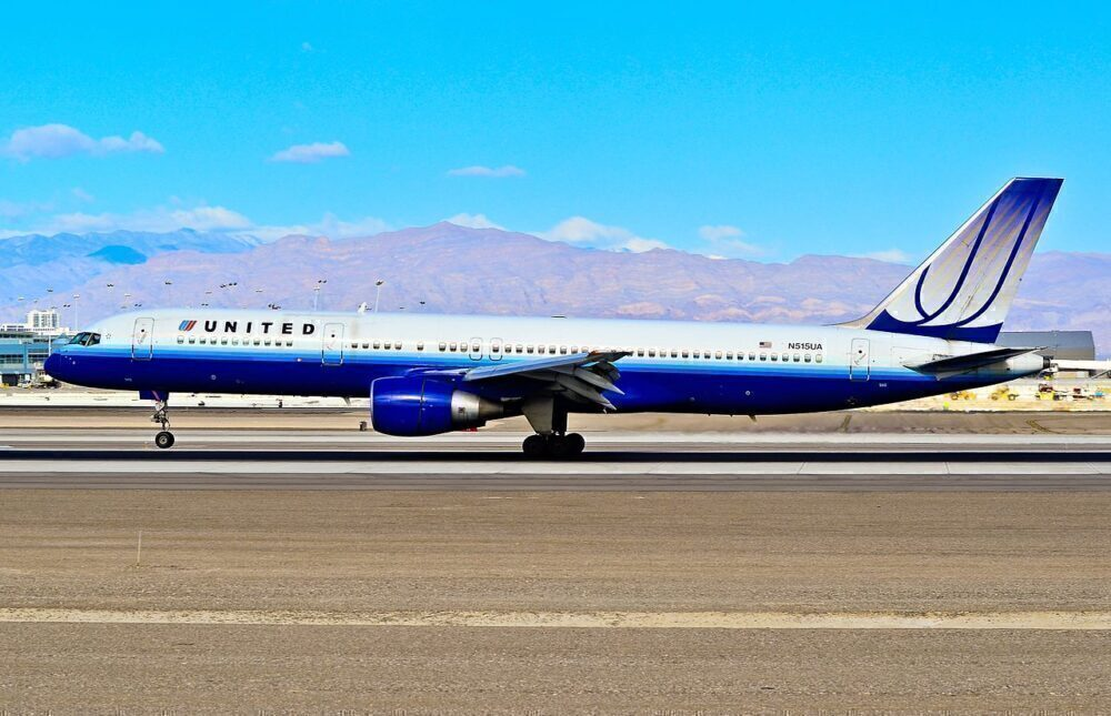 United Boeing 757