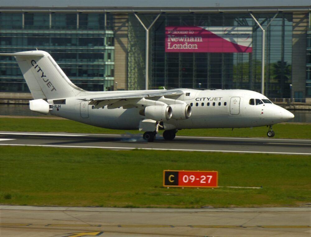 CityJet Avro RJ85