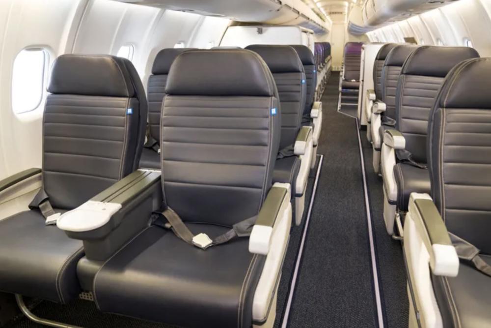 United CRJ550 FC