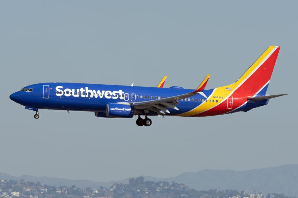 Southwest B737-800