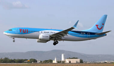 TUI_Airlines_Belgium,_OO-TMA,_Boeing_737-8_MAX
