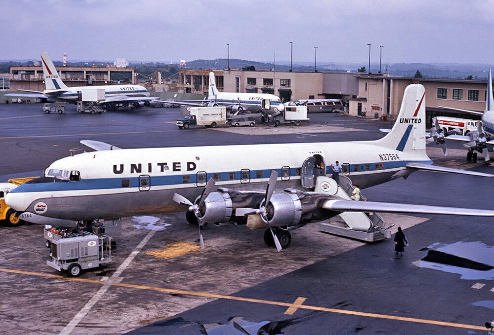United Airlines Douglas DC-6