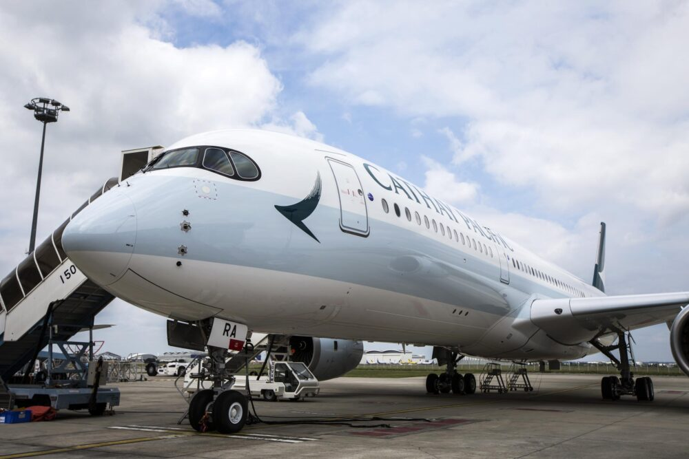 Cathay A350-900