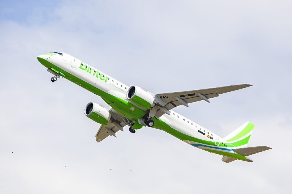 Binter Embraer E195-E2