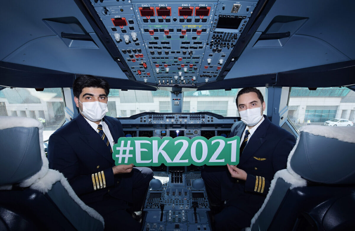 EK2021 Emirates Crew