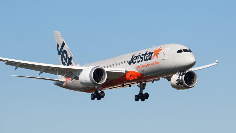 Jetstar-boeing-787s-unstored