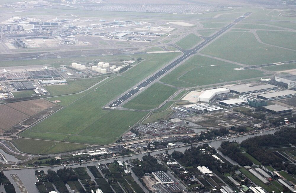 Wow: Amsterdam Schiphol Airport To Use Construction Panels Made From Its Grass
