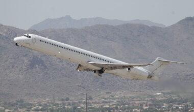laser-airlines-md83-engine-faliure