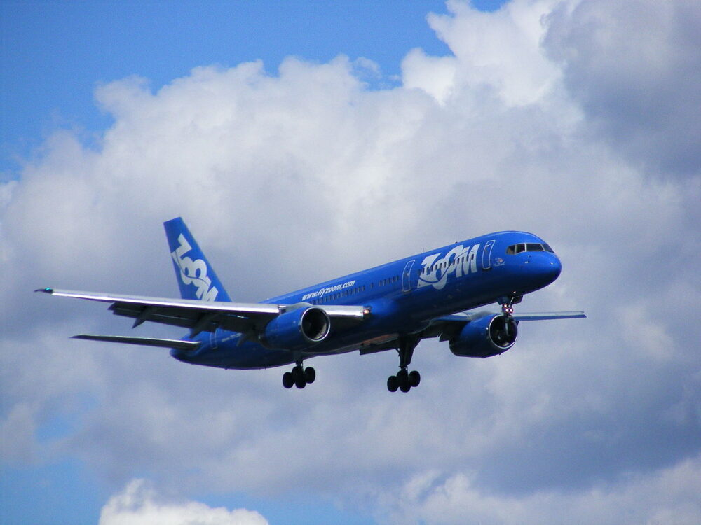 Zoom Airlines Boeing 757