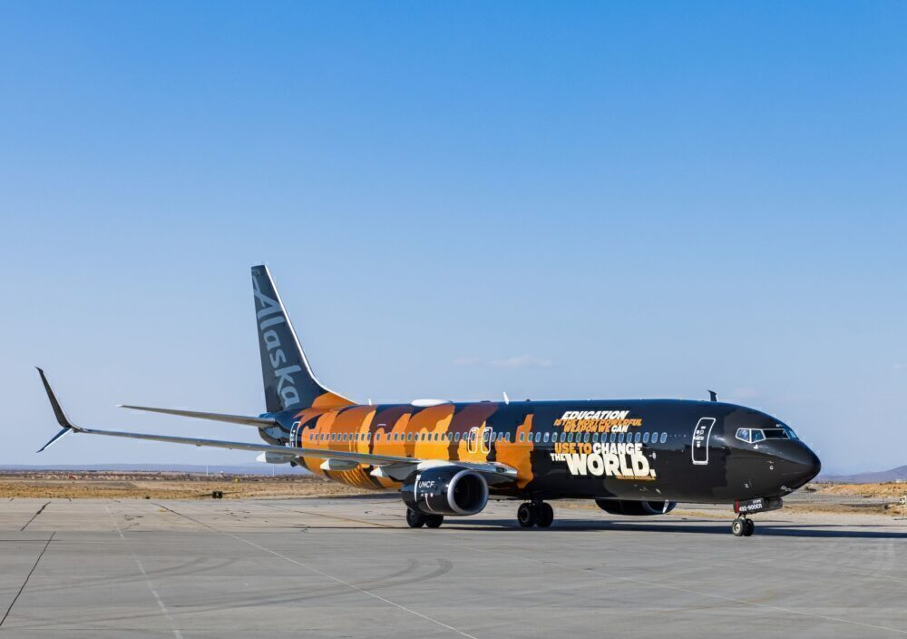 Alaska-Airlines-Our-Commitment-737