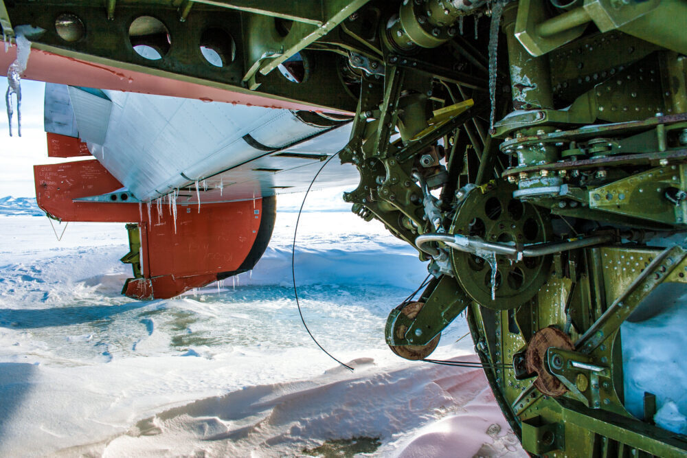 The Aircraft Buried In The Antarctic