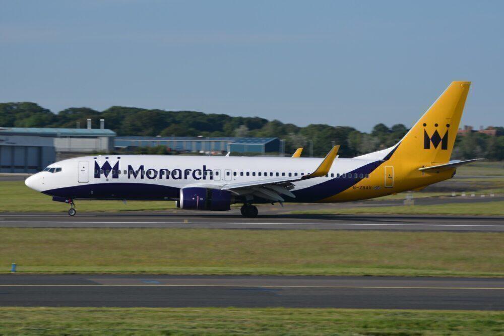 Monarch Boeing 737