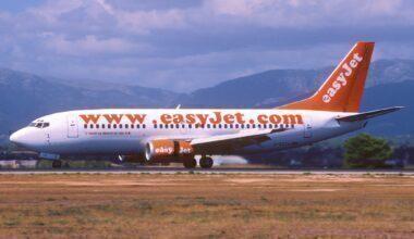 easyJet Boeing 737-300