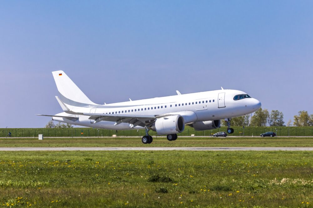 ACJ319neo first flight