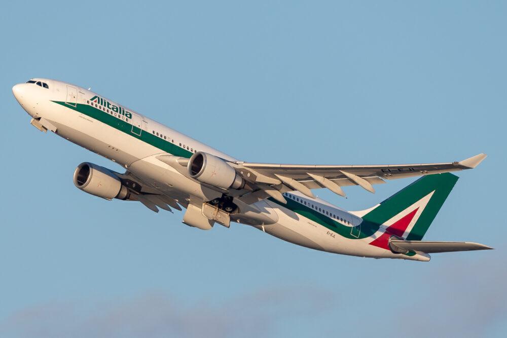 Alitalia Airbus A330-202 EI-EJL
