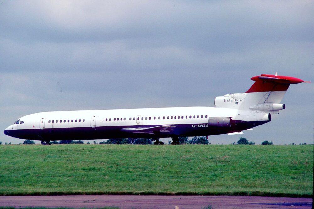 British_Airways_Hawker_Siddeley_HS-121_Trident_3B;_G-AWZU@STN,_July_1988_(5424570052)